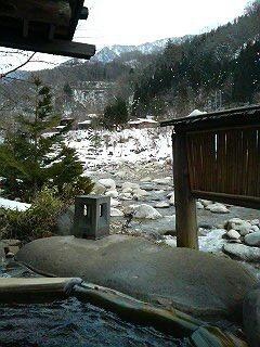 露天風呂から槍ヶ岳を望む